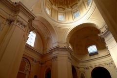 interno-della-Chiesa-di-santa-Maria-Maggiore-alla-Pietrasanta-2-