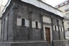 Cappella-Pontano-faaccaita-esterna-da-via-dei-tribunali
