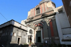 Chiesa-Santa-Maria-Maggiore-alla-Pietrasanta-ingresso-dalla-piazzetta-omonima