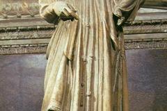 GIOVANNI PISANO, Madonna con il Bambino, 1306. Padova, Cappella degli Scovegni