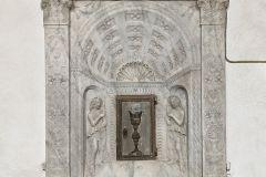 Fig-1-Bottega-dei-Rossellino-Tabernacolo-marmoreo-1450-60-c.-San-Miniato-Ex-Chiesa-di-San-Martino-alle-Cerceri-3