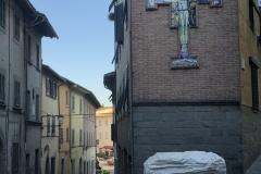 Fig-8-Frammento-della-statua-a-Maria-Maddalena-dAustria-Canto-di-SantAndrea-San-Miniato