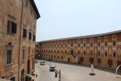 Piazza-del-Seminario-San-Miniato
